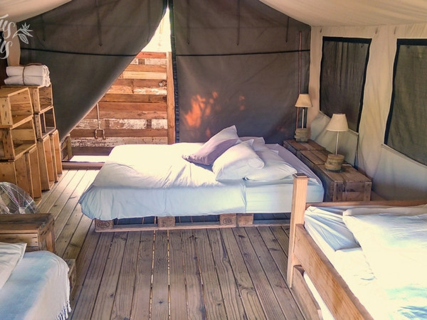 Family tent at Otentic Eco-Lodge (2 adults + 3 kids)