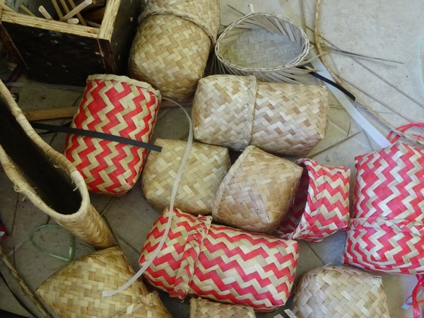 Basketwork immersion with Mauritian artisans